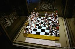 Gianni Toso's Chess Set at Corning Museum of Glass.jpg